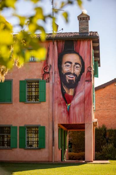 casa-museo-luciano-pavarotti-9.jpg