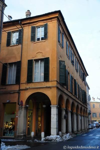 Corso Canal Chiaro Modena - 7