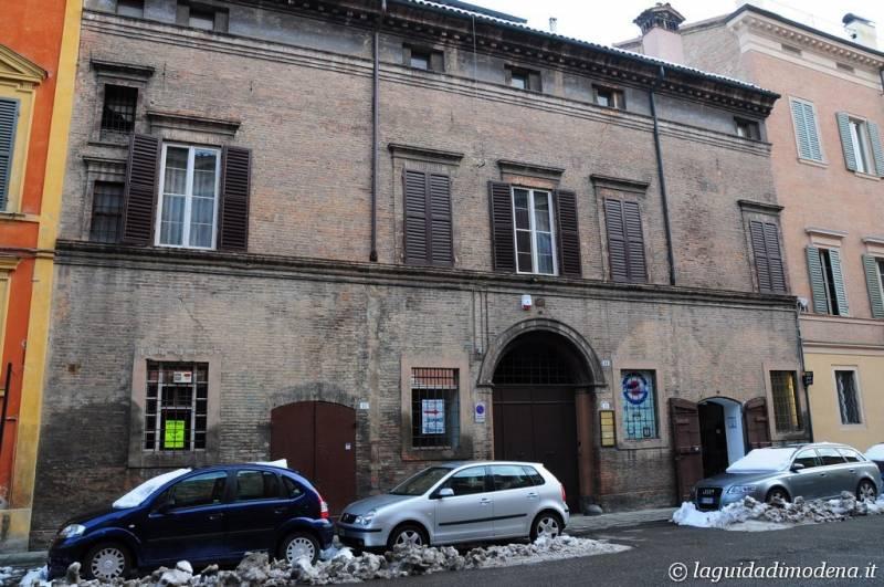 Corso Canal Grande Modena - 14