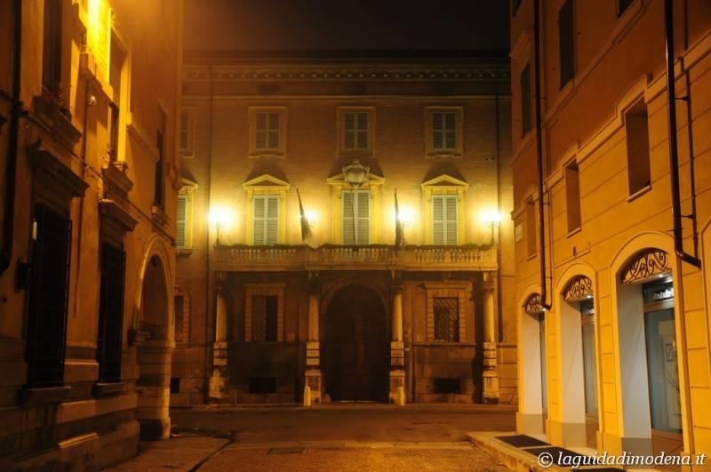 Corso Canal Grande Modena - 19