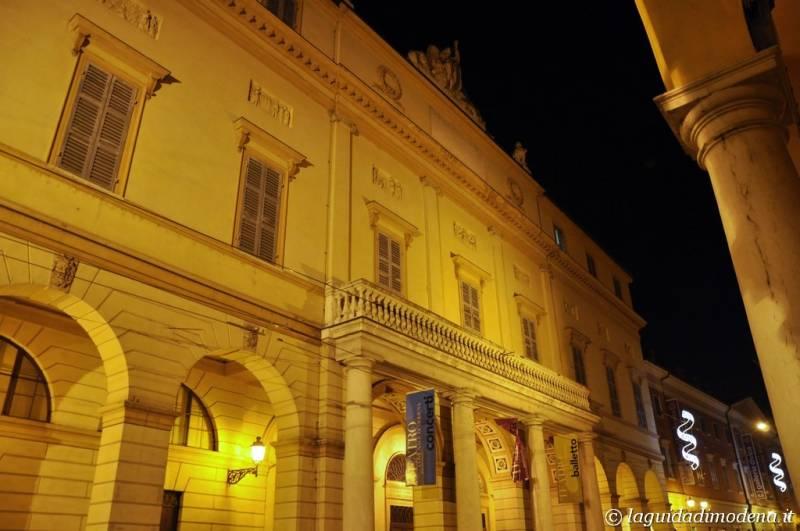 Corso Canal Grande Modena - 1