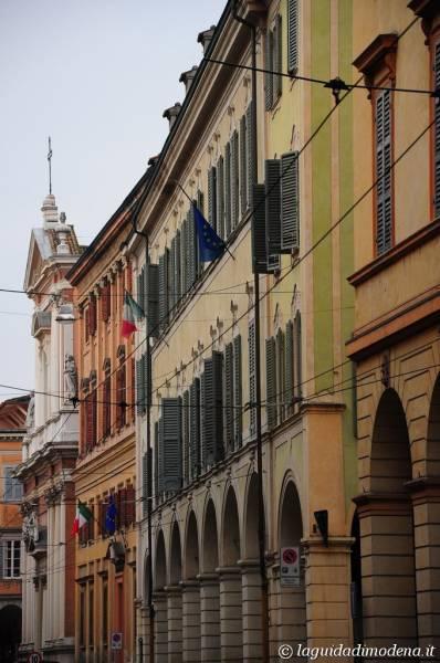 Corso Canal Grande Modena - 25