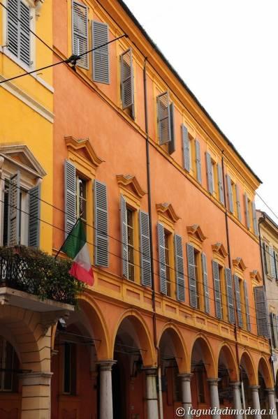 Corso Canal Grande Modena - 27