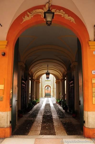 Corso Canal Grande Modena - 29