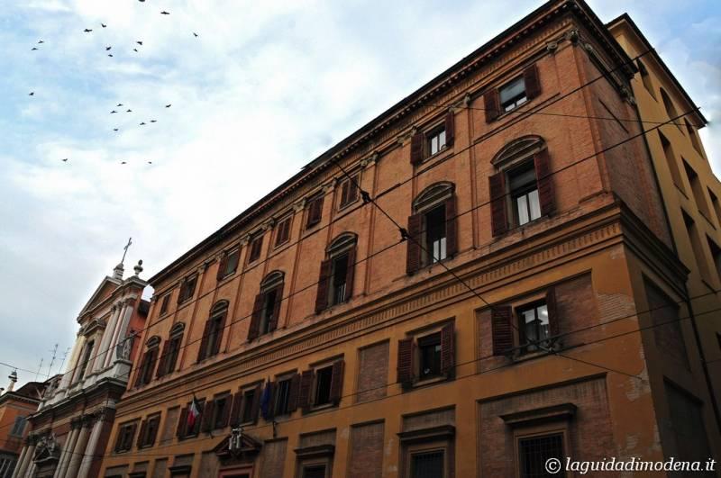 Corso Canal Grande Modena - 31