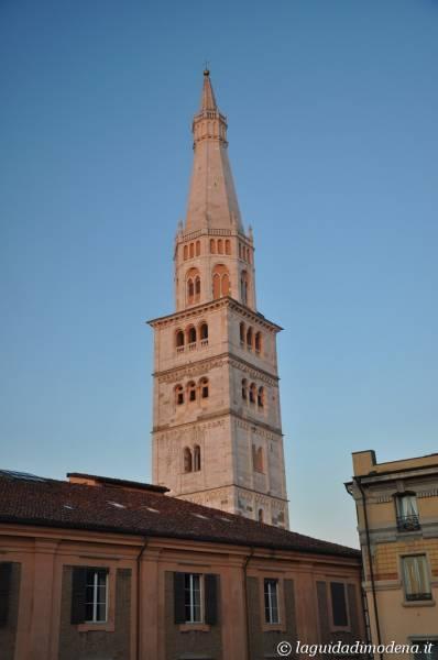 Ghirlandina Modena - 2