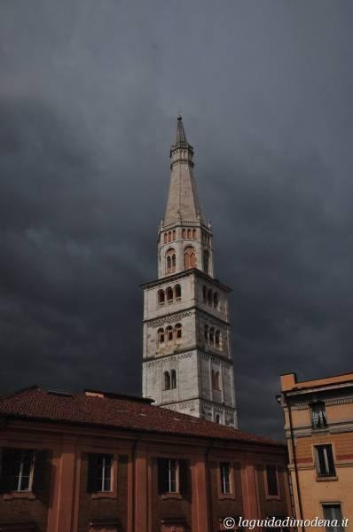Ghirlandina Modena - 41