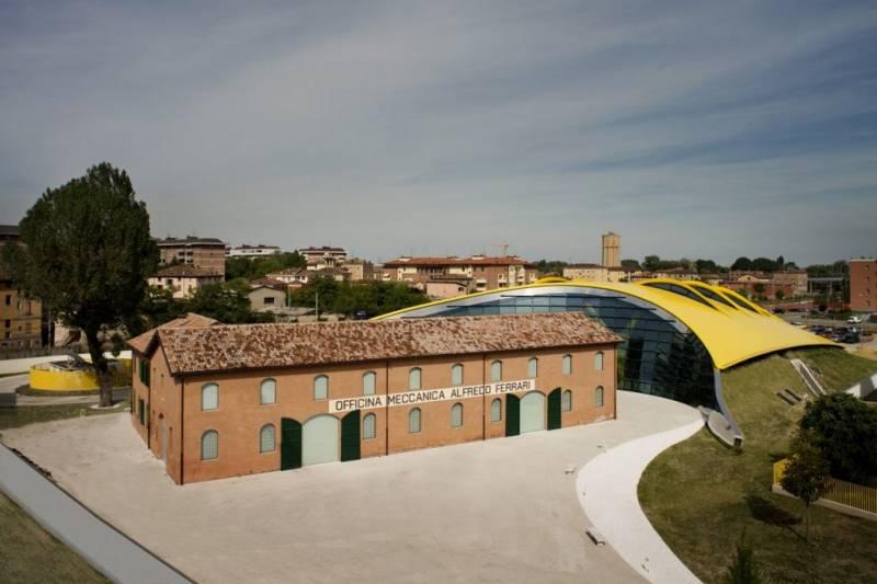 Museo Casa Enzo Ferrari Modena - 7