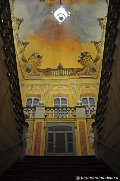 Palazzo d'Aragona Coccapani Modena - 2