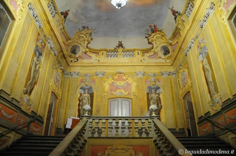 Palazzo d'Aragona Coccapani Modena - 40