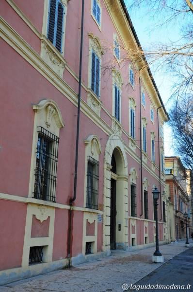 Palazzo d'Aragona Coccapani Modena - 42
