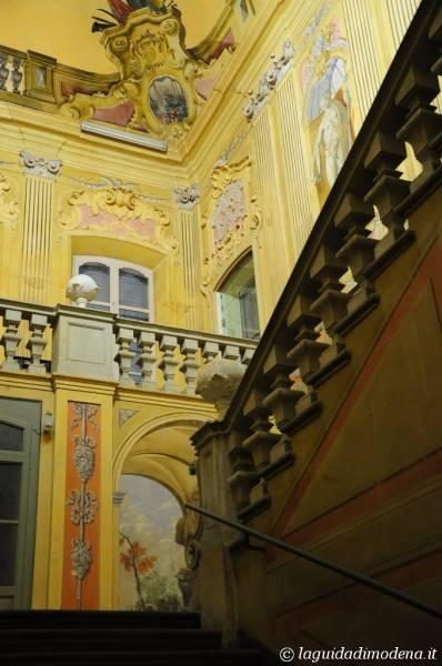Palazzo d'Aragona Coccapani Modena - 4