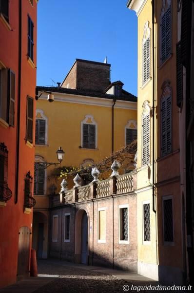 Piazza della Pomposa Modena - 2
