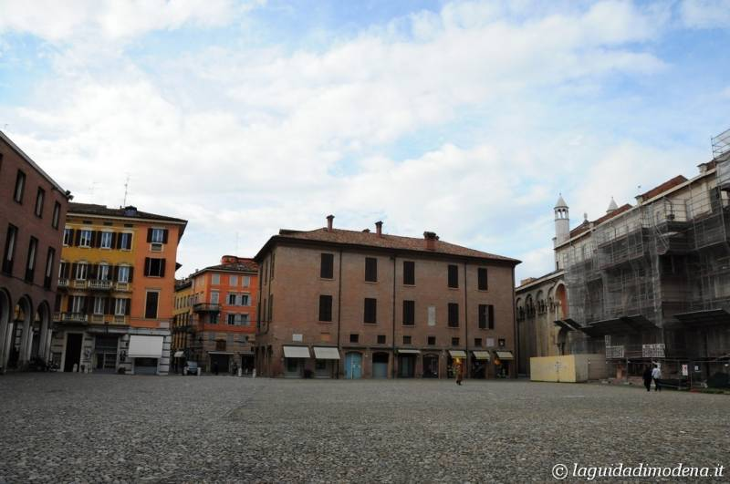 Piazza Grande Modena - 25