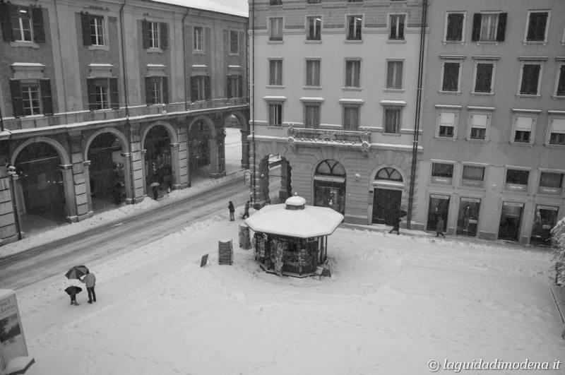 Piazza Mazzini Modena - 19