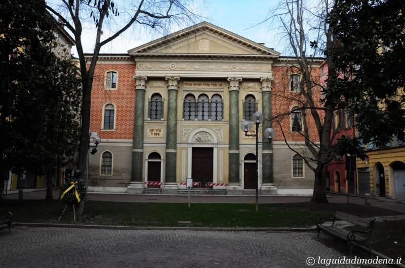 Piazza Mazzini Modena - 5