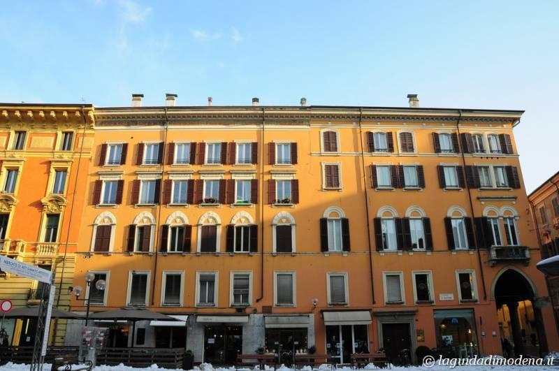 Piazza Mazzini Modena - 8