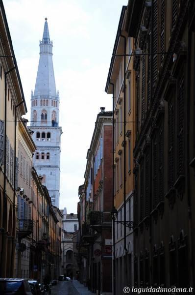 Piazza San Domenico Modena - 4