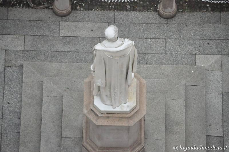 Piazza Torre Modena - 6
