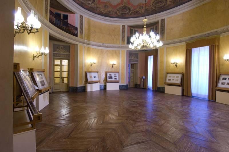 Teatro Comunale Luciano Pavarotti Modena - 19