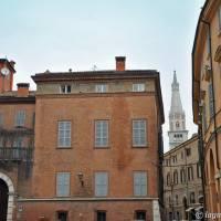 Via dei Servi Modena - 1