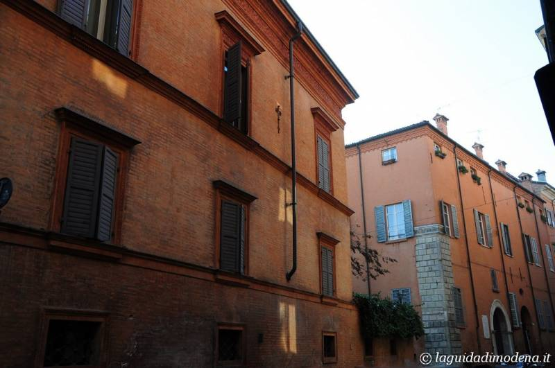 Via dei Servi Modena - 7