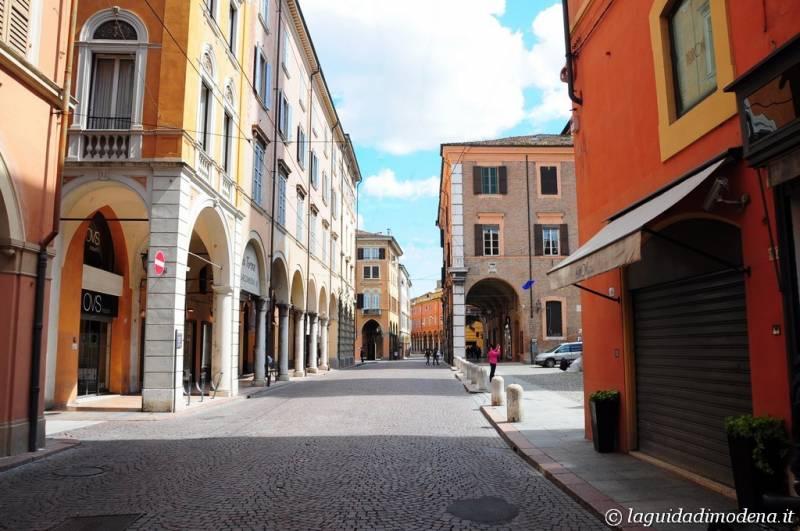 Via Emilia Modena - 6