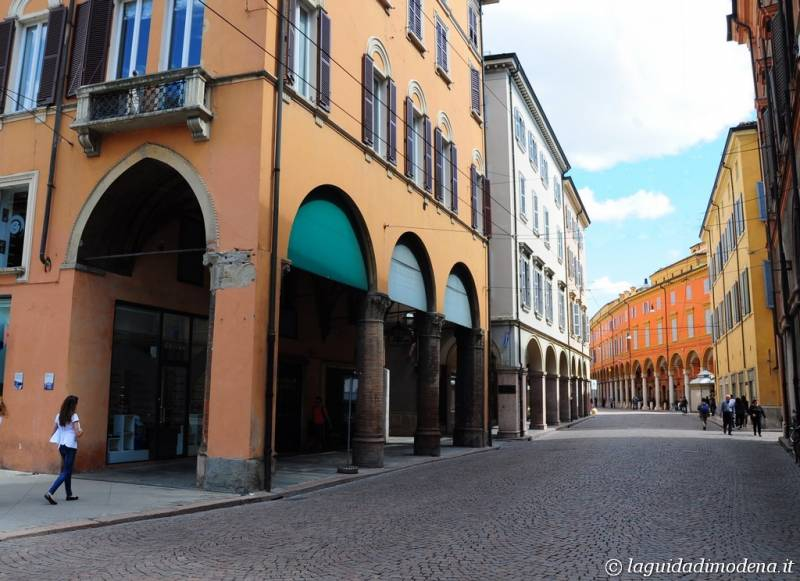 Via Emilia Modena - 7