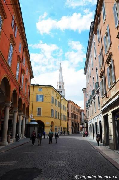 Via Emilia Modena - 9