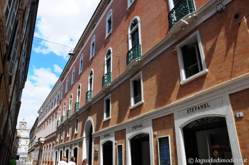Via Farini Modena - 2