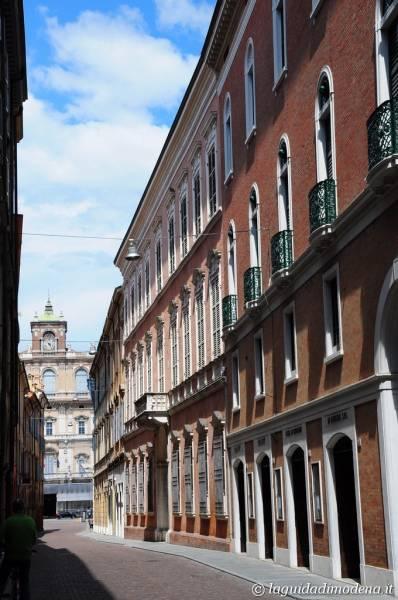 Via Farini Modena - 4